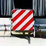 cartello-carico-sporgente-omologato-alluminio-rifrangente-d